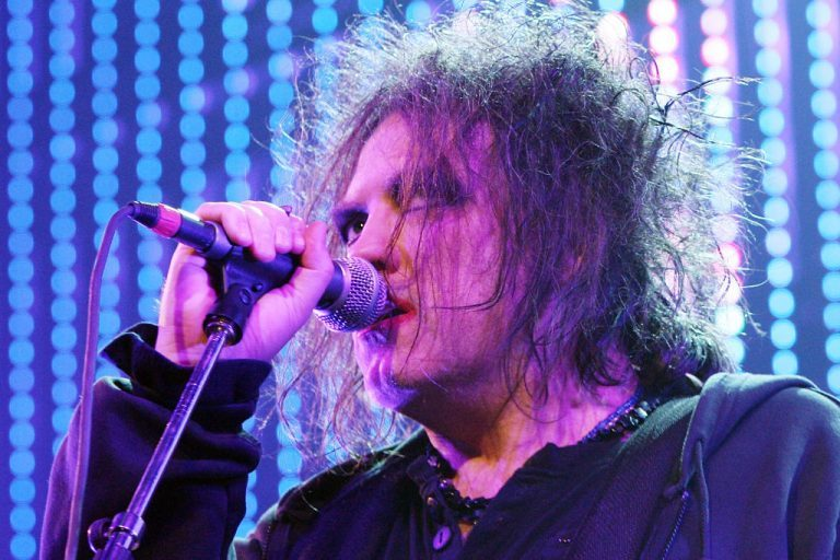 robert smith the cure