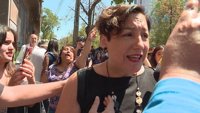 Funan a Beatriz Sánchez y dirigentes del Frente Amplio por firmar acuerdo constitucional - Radio Concierto