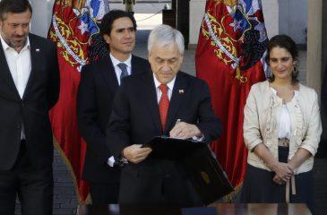 piñera firma