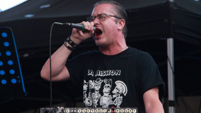Mike Patton tetema web