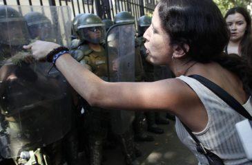 Protestas PSU Aton_391653 referencial apoderado
