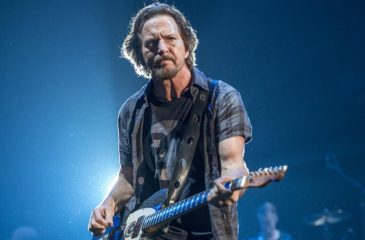 Pearl Jam Eddie Vedder web