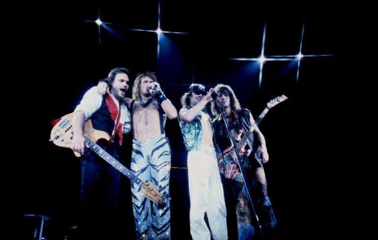 25 De Febrero Van Halen Llego Al Numero 1 En Estados Unidos Con Jump