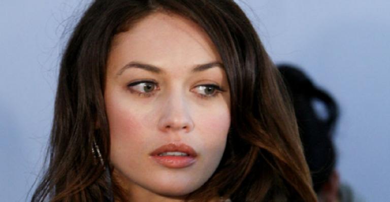 La actriz Olga Kurylenko también da positivo de coronavirus