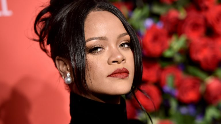Rihanna web