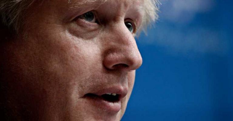 Reino Unido informa de 468 nuevas muertes y supera los 240.000 contagiados