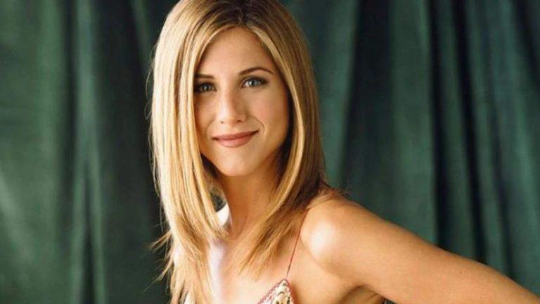 Jennifer Aniston web