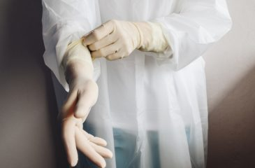 Guantes médicos covid web