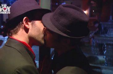 Yo Soy Lorenzo beso