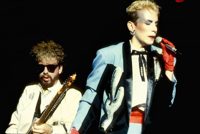 Eurythmics GettyImages-77065941-768x515