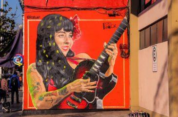 Mon Laferte mural original web