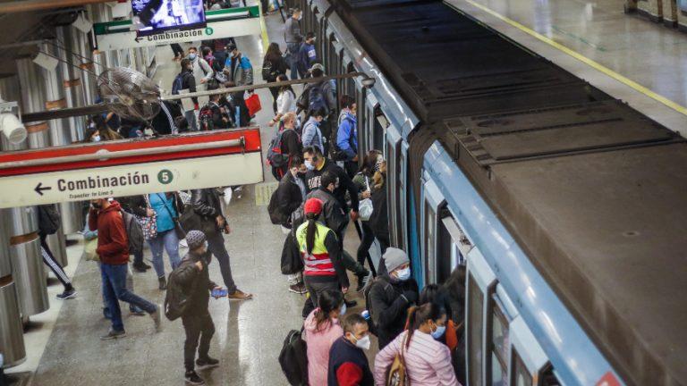 Metro de Santiago A_UNO_1216782 web