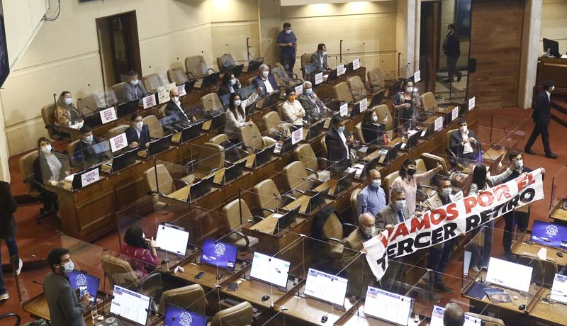 Sesion De La Camara De Diputados Discute Tercer Retiro De AFP