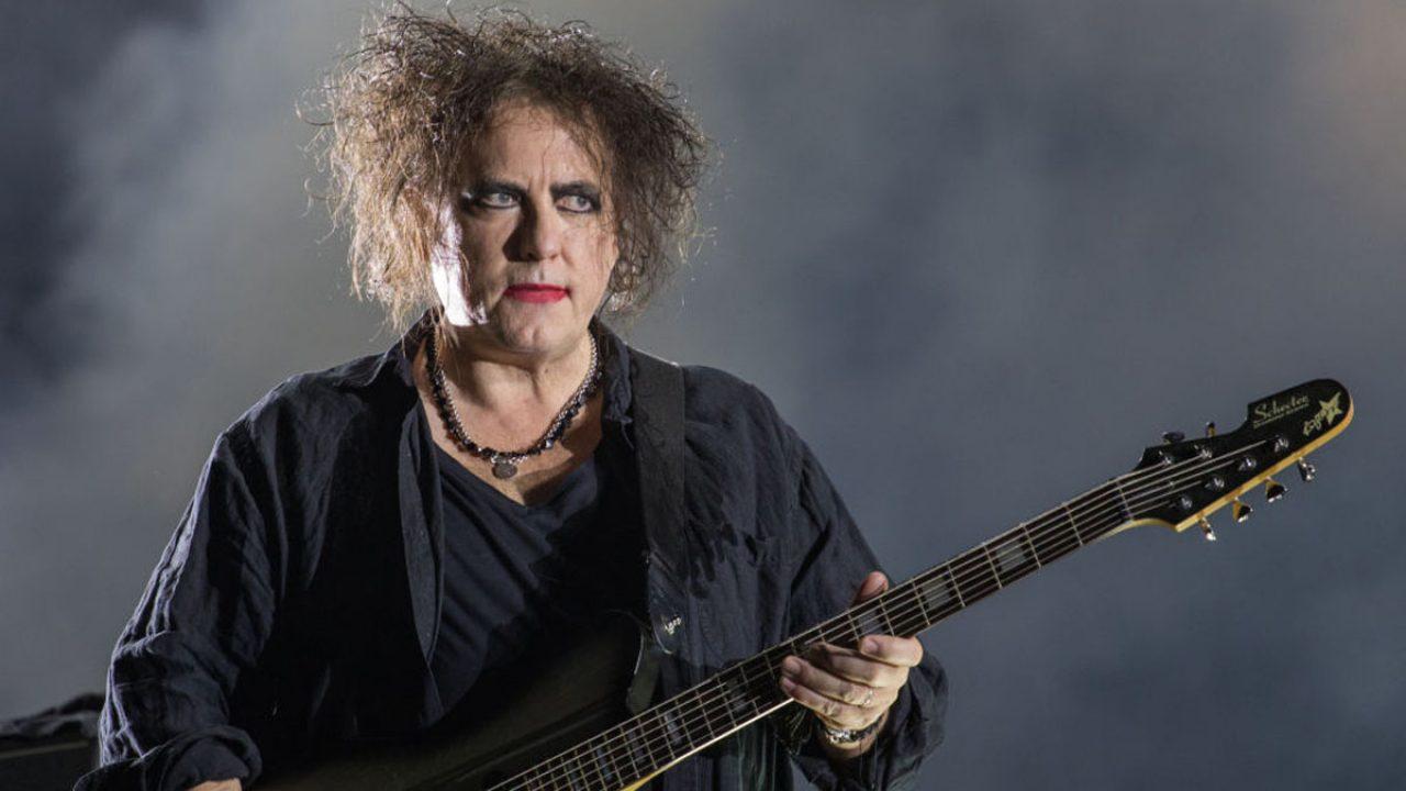Hoy cumple 62 años Robert Smith, vocalista y guitarrista de The Cure