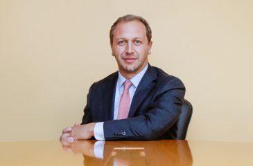 Alejandro Weber(1)