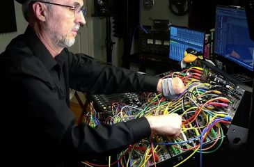 Dinosaur Her(ar)d Música Con Computadores