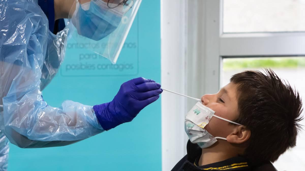 Dra Isabel Gonzalez Jefa UCI Pediátrica De Clínica Alemana Tema Virus Respiratorios Y Covid En Niños